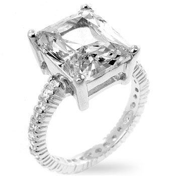 Picture of Engagement Ring Emerald 2 Carat Cubic Zirconia