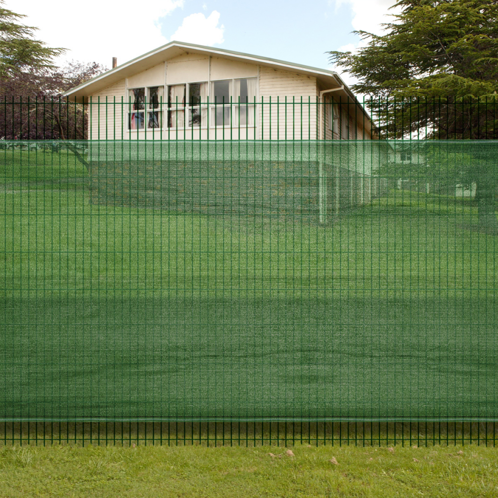 Picture of Fence Windscreen-Privacy Mesh Screen/Net-Green - 6'x 16'